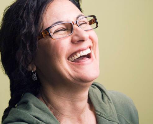 Музиката и смехът регулират кръвното налягане