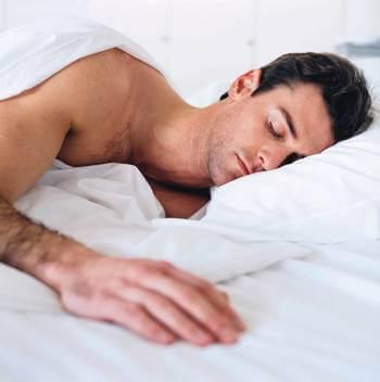 Липсата на сън намалява тестостерона
