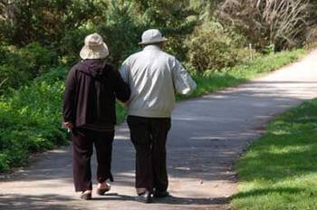 Бавното ходене – признак на деменция?