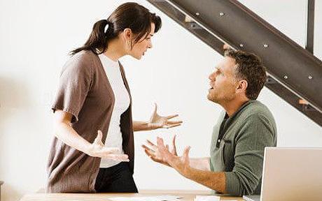 Разправиите вкъщи водят до затлъстяване