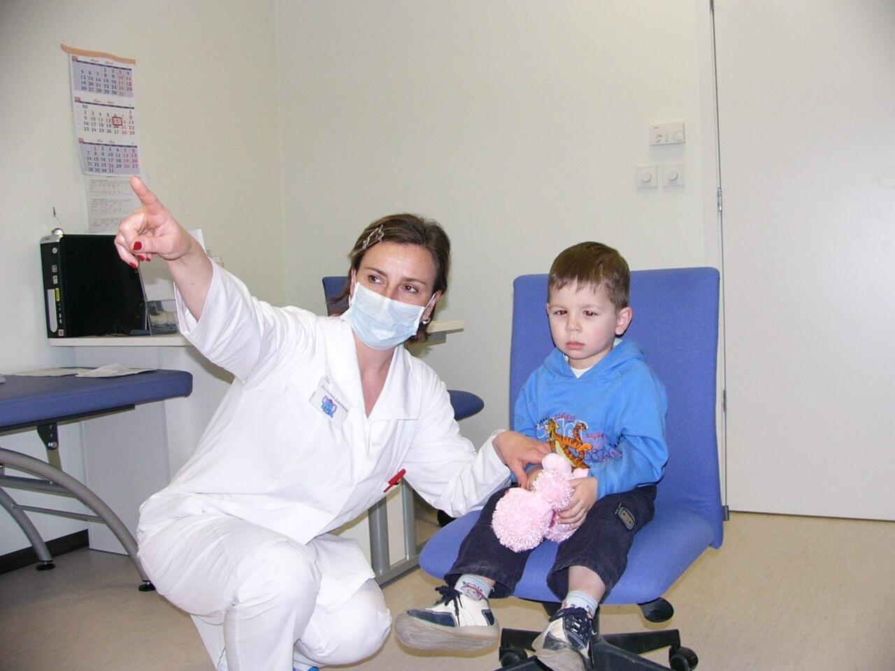 Безплатни очни прегледи за деца