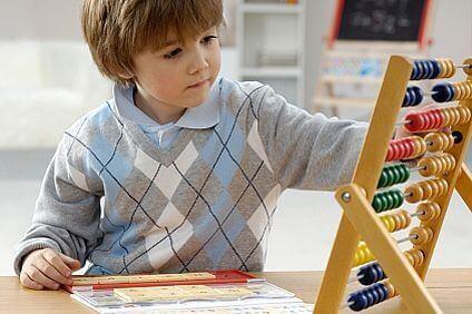 Килограмите пречат на доброто представяне в училище