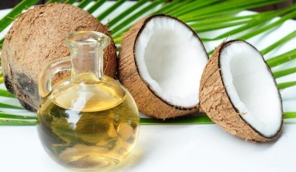 кокосовото масло убива кариеса