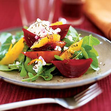 витаминозна салата с цвекло и рукола