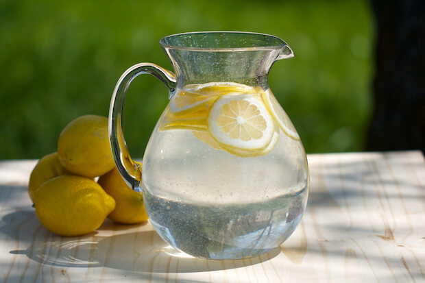 вода с лимон срещу астма